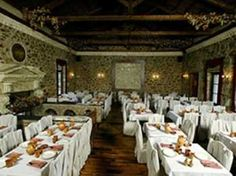 Archeon Gefseis Restaurant in Athens. Eat as the ancients did... Serves food and menu options the ancient way.