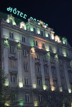 Only 220 yards from the Knez Mihajlova shopping street and the Kalemegdan Fortress in Belgrade Palace Hotel offers air-conditioned rooms with free Wi-Fi. Palace Hotel Belgrade Serbia D:Stari Grad R:Central Serbia hotel Hotels Stari Grad, Belgrade Serbia, Shopping Street, Palace Hotel, Hotel Offers, Multi Story Building, Wi Fi, Hotels, Rooms