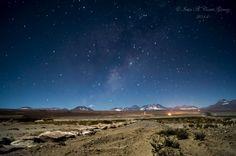Noche en el desierto by Iván A. Cortés Gómez on 500px