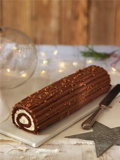 Xmas Food, Christmas Desserts, Jello Deserts, Log Cake, Decadent Cakes, Eat Seasonal, Cake Decorating Tips, Desert Recipes, Kitchen Recipes