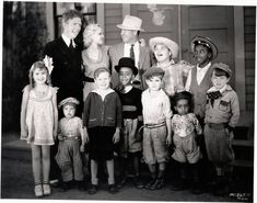Our Gang Stars including four alumnus Mary Kornman, Mickey Daniels, Joe Cobb and Allen Hoskins in Fish Hooky Little Rascals Quotes, Cool Sharks, Old Hollywood Stars, Me Tv, Ol Days, Classic Tv, Best Tv Shows, Childhood Memories, Famous People