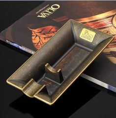 LUBINSKI Creative Design Metal Cigar Ashtray