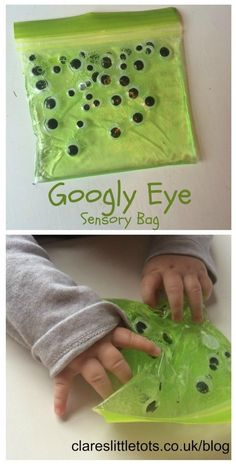 googly eye sensory bag for mess free sensory halloween fun for babies and toddlers.