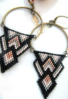 Boucles d'oreilles perles Miyuki : Boucles d'oreille par chatricotte