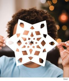 The kids think it is too cold out side? 5 Fun Winter Activities for Kids Winter Activities For Kids, Fun Games For Kids, Holiday Crafts For Kids, Kids Crafts, Preschool Ideas, Teaching Ideas, Christmas Ideas, Making Paper Snowflakes, Cutting Activities