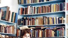 Die feministische Literaturwissenschaftlerin Barbara Vinken über klassische Drohungen gegen unabhängige Frauen, allzu perfekte Mütter und die inspirierende Seite des Liebeskummers.