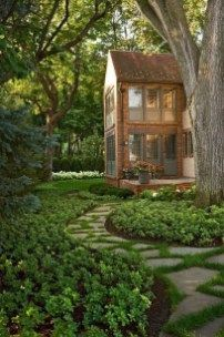 Simple And Beautiful Front Yard Landscaping Ideas 44