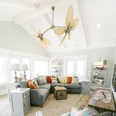 Bonus room - ceiling and wall color
