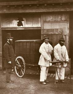 Afbeelding John Thomson - Public Disinfectors, from ''Street Life in London'', 1877-78 (woodburytype)