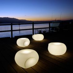 Aura Illuminated seating