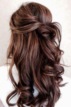 Frisuren mit locken hochstecken