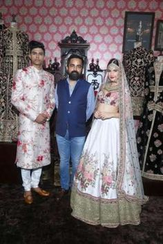 Over 50 of India's topmost wedding experts come together for the fourth edition of Vogue India's annual wedding extravaganza - Vogue Wedding Show Desi Wedding Dresses, Bridal Dresses, Wedding Lehnga, Bridal Outfits, Indian Dresses, Indian Outfits, Pakistani Dresses, Sabyasachi Collection, Vogue Wedding