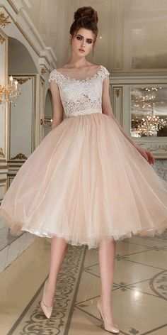 Magbridal Fantastic Tulle Bateau Neckline Tea-length Ball Gown Wedding Dress With Beaded Lace Appliques - Bridesmaid Dresses A Line Prom Dresses, Ball Dresses, Homecoming Dresses, Ball Gowns, Evening Dresses, Short Dresses, Bridesmaid Dresses, Tea Length Wedding Dress, Tea Length Dresses