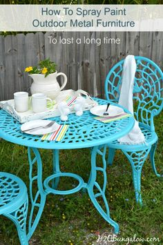 How to spray paint outdoor metal furniture to last a long time. Simple DIY tutorial with recommendations for the best products to use to get a finish that will last in all weather conditions outdoors. This is a simple DIY project . www.H2OBungalow