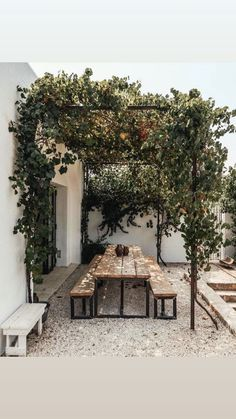 Outdoor Rooms, Outdoor Dining, Outdoor Gardens, Outdoor Decor, Outdoor Seating, Rustic Outdoor Spaces, Dining Table, Patio Design, Exterior Design
