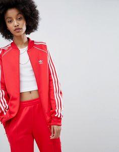 hot sale online 854b7 b9d13 adidas Originals adicolor Three Stripe Track Jacket In Red Adidas Rojos,  Adidas Jacket Outfit,