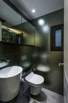 The client's intention was to transform a classic home in Barcelona's Eixample into a modern and contemporary family apartment. Family Apartment, Classic House, Corner Bathtub, Contemporary, Modern, Barcelona 2015, Home, Bathrooms, Renovation
