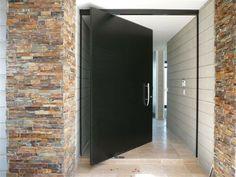 porte d 39 entr e pivotante et l gante en 31 id es id es de porte entr e et portes. Black Bedroom Furniture Sets. Home Design Ideas