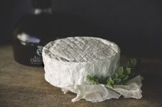 Camembert, un clásico de leche de vaca, aroma y sabor intensos. Queso, Camembert Cheese, Dairy, Food, Cow, Milk, Cheese, Meals