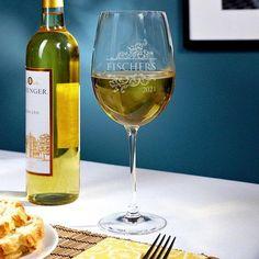 Livingston Etched Wine Glass - Wine Lover Gift - Custom Wine Glass - Wine Gifts for Women - Personalized Wine Glasses - Ideal Wedding Gift Etched Wine Glasses, Personalized Wine Glasses, Personalized Wedding, Gifts For Wine Lovers, Wine Gifts, Mr Mrs, Home Wet Bar, Large Wine Glass, Custom Glass