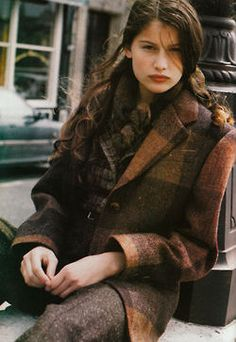 """Federica Modell: Laetitia Casta"" Source by olgaalexbabiche Laetitia Casta, Mode Style, Style Me, Mode Outfits, Work Wardrobe, Tartan Plaid, Plaid Coat, Plaid Blazer, Tweed Coat"