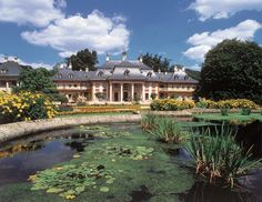 Schloß Pillnitz and its Gardens <3