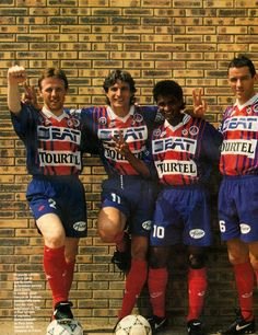 Paris Saint-Germain 1993/1994 : Francis Llacer (left), David Ginola (2nd left), Valdo (2nd right) and Paul Le Guen (right)