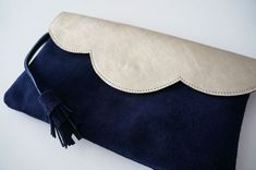 Stella Mccartney Clutch, Pochette Diy, Iphone Leather Case, Fabric Bags, Textiles, Clutch Bag, Creations, Sewing, Clutches