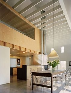 Modern Barn,Courtesy of Specht Harpman