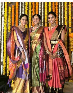 Beautiful Brocade Blouse transformed the plain saree look Indian Bridal Sarees, Bridal Silk Saree, Indian Bridal Fashion, Saree Wedding, Wedding Wear, Lehenga Saree, Saree Dress, Saree Blouse, Kanjivaram Sarees