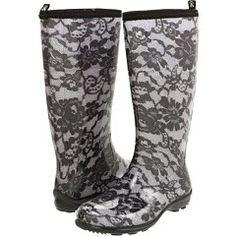I want these rainboots!!!