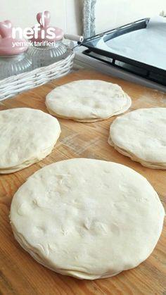 Healthy Bread Recipes, Cooking Recipes, Kiflice Recipe, Comidas Fitness, Bread Dough Recipe, Cookery Books, Bread Machine Recipes, Food Platters, Breakfast Items