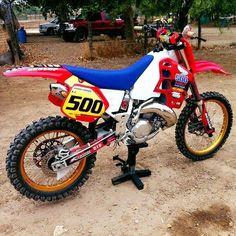 CR500 #500 Dirt Bike Boots, Honda Dirt Bike, Honda Bikes, Enduro Vintage, Vintage Motocross, Vintage Bikes, Mx Bikes, Cool Bikes, Honda Supermoto