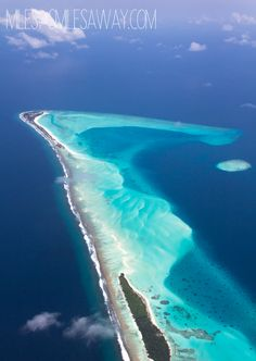 Flying in Maldives is something unbelievable! Nepal Trekking, Maldives Travel, Beautiful Hotels, Travel Inspiration, Around The Worlds, Tours, Beach, Water, Outdoor