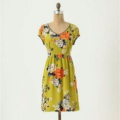 f7f7873906e50 Moulinette Soeurs Green Floral Silk Dress Closet Accessories, Everyday  Dresses, Girly Outfits, Anthropologie