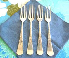 Antique Silverplate Dinner Forks Set of 4 Pattern by ReneesRetro