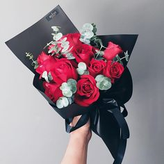 Good Morning ! Brighten someone's day with this stunning bouquet of Mekar red roses. The roses come beautifully arranged in an elegant deep black wrapper and ribbon. • Available at our Concept store at GBM Ampang ! • For delivery pls contact us to order ur favourite bouquet now ! +60135335547/+601127060568  #mekarmalaysia #floristkl #flowers #florist #red #mekarkl