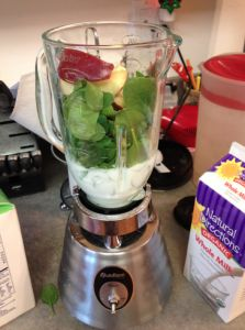 kid friendly healthy, thrifty smoothies