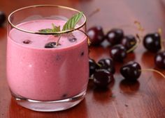 could be the best smoothie made.The Sleep Doctor's Sleep Slim Smoothie Recipe Smoothie, Juice Smoothie, Smoothie Drinks, Healthy Smoothies, Healthy Drinks, Healthy Snacks, Healthy Recipes, Cherry Smoothie, Vitamix Recipes