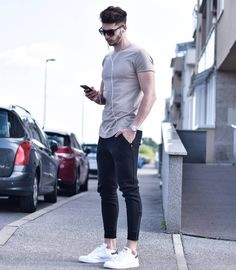 "Leave a comment "" trendy mens fashion, urban fashion, lounge Trendy Mens Fashion, Urban Fashion, Fashion Fashion, Street Style Inspiration, Photography Poses For Men, Herren Outfit, Men Street, Mens Clothing Styles, Instagram Fashion"