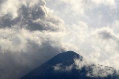 """El volcán de Fuego vuelve a """"parámetros normales"""" en Guatemala"""