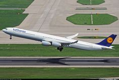 Lufthansa D-AIHY Airbus A340-642 aircraft picture