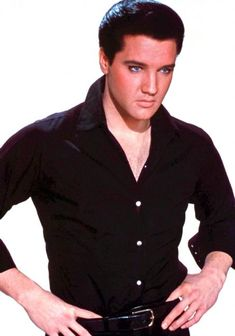 Super Star Elvis Aron Presley the Hillbilly Cat Back Cover Case Skin for Iphone 4 Lisa Marie Presley, Elvis And Priscilla, Priscilla Presley, Elvis Presley Pictures, Elvis Presley Family, Young Elvis, Most Handsome Men, Handsome Boys, Graceland