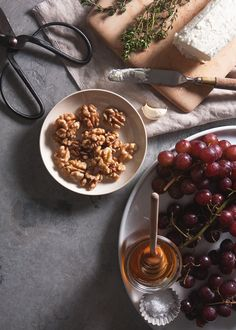 can not wait to make this roasted grape and goat cheese bruschette ingredients Yummy Appetizers, Appetizer Recipes, Gourmet Cheese, Cheese Dessert, Key Food, Best Cheese, Fireflies, App Store, Soul Food