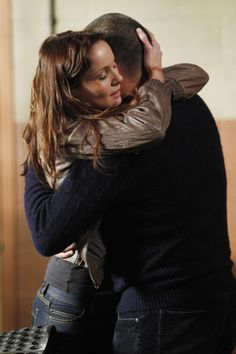 Michael Scofield and Sara Tancredi - Prison Break Best Tv Couples, Best Couple, Cute Couples, Prison Break 3, Michael And Sara, Michael Miller, Sara Tancredi, Michael Schofield, Wentworth Miller Prison Break