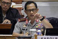 WinNetNews.com - Kapolri Jenderal Tito Karnavian mengaku ada 220 laporan pelanggaran selama masa kampanye kepala daerah berlangsung di seluruh tanah air. Namun, potensi kerawanan di masa kampanye masih tergolong kecil. Tito mengatakan, dari keseluruhan laporan, ada 9 laporan yang sarat akan unsur pidana,