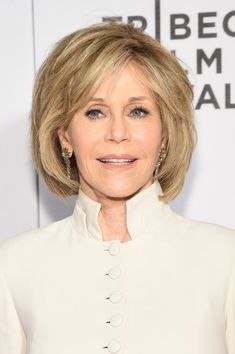 Jane Fonda B.o.B - Jane Fonda attended the world premiere of 'The First Monday in May' wearing her hair in a textured bob.
