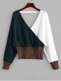 With a crossover design to create the classic v-collarline design and the balanced color-blocking design to bring a perfect combined look, this pullover sweater is a perfect choice paired with your favorite jeans to complete a feminine weekend look. Daily Fashion, Trendy Fashion, Fashion Deals, Pop Fashion, Pullover Sweaters, Jumper, Cardigans, Sweater Cardigan, Romper With Skirt