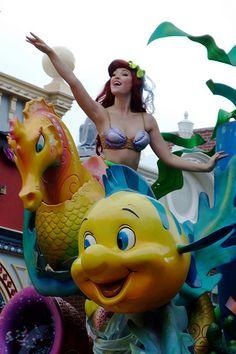 the little mermaid ariel Ariel Disney World, Disney Little Mermaids, Ariel The Little Mermaid, Disney Dream, Disney Love, Disney Parks, Disney Pixar, Walt Disney, Disney Princesses