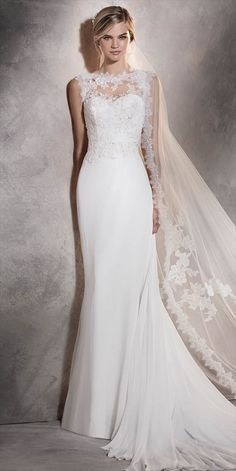 Pronovias 2017 mermaid wedding dress